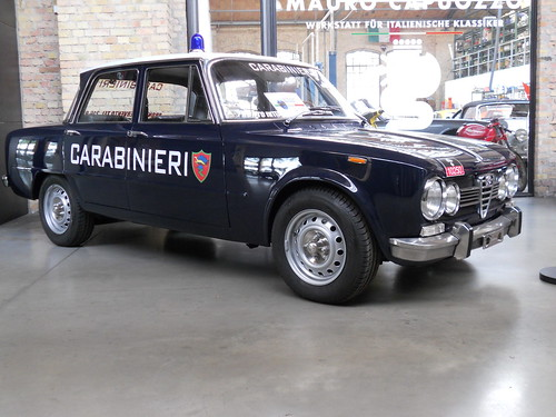 Alfa Romeo Giulia Super 1600 (1972) Carabinieri