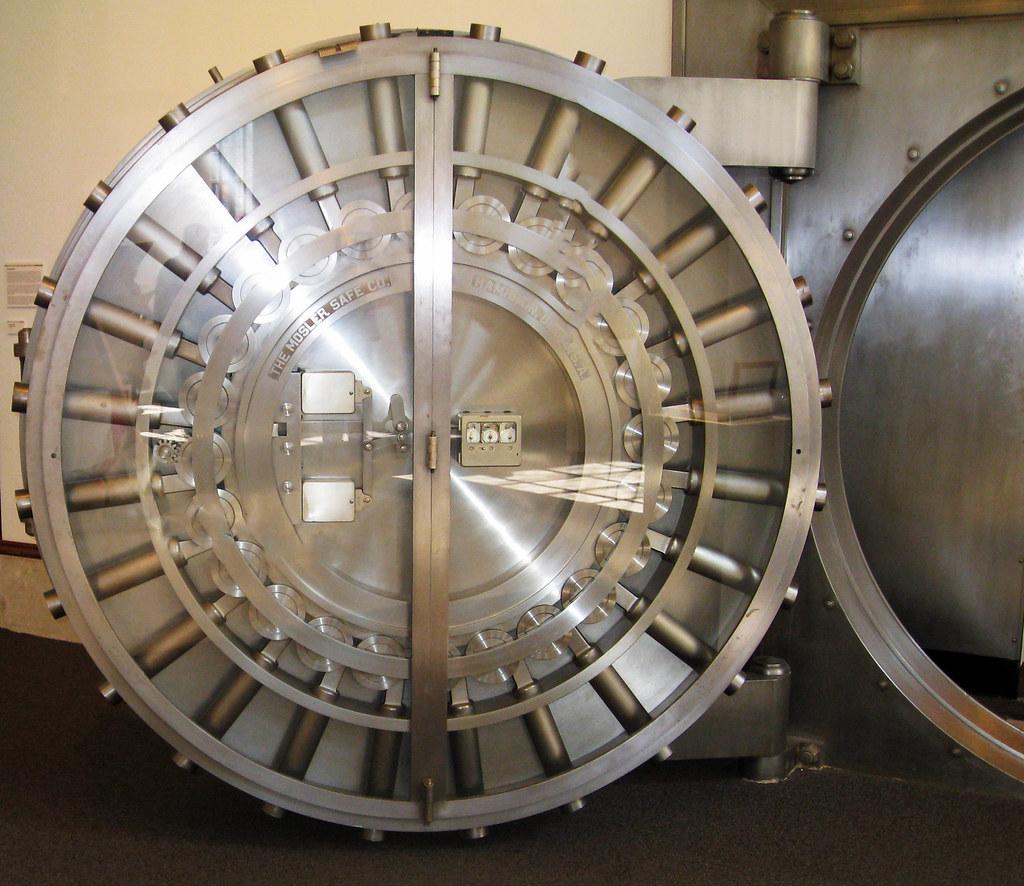 Huge Walk In Vault Door You Always Felt Your Self