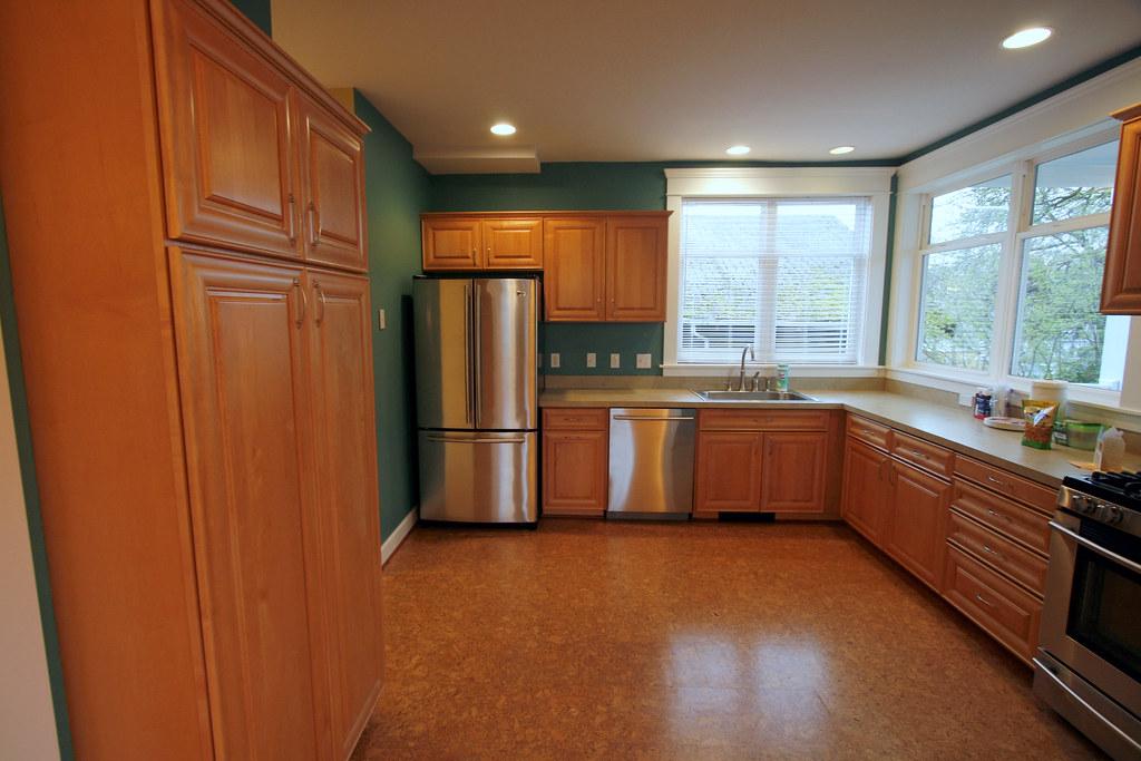 kitchen cork floors kris flickr. Black Bedroom Furniture Sets. Home Design Ideas