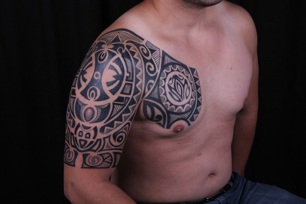 Polynesian tattoo artist miami 111 polynesian tattoo for Best polynesian tattoo artist