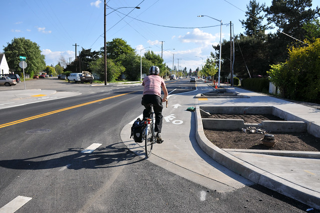 Cully Blvd cycle track-3