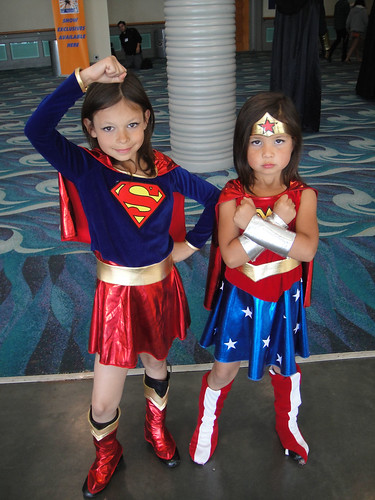 Long Beach Comic Expo 2011 - Little Supergirl and Wonder Woman - Flickr - Photo Sharing!