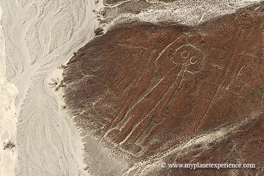 Peru experience : the Astronaut - Nazca lines   Nazca ...