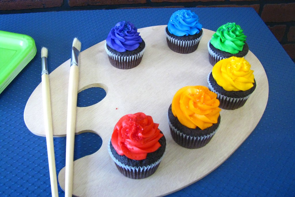 Paint Palette Cupcakes Rainbow Cupcakes Set Up On A