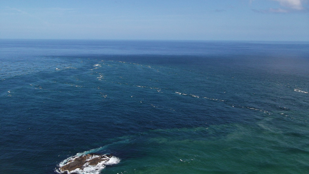 Tasman Sea Meets Pacific Ocean