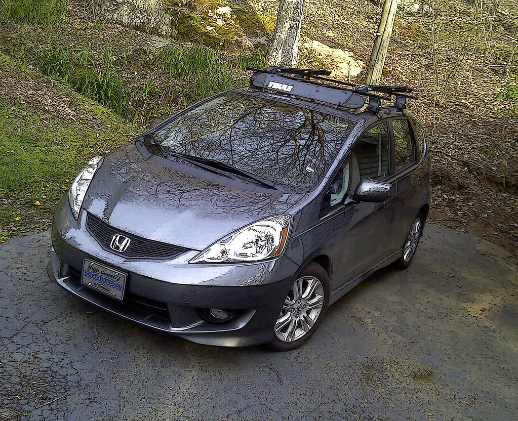 2011 Honda Fit Sport Thule 480 Traverse Rack Got My