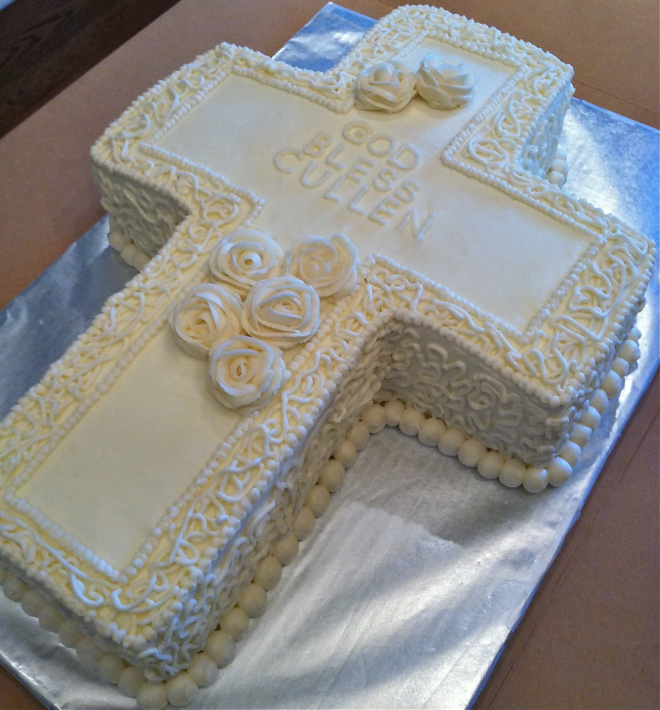 Holy Communion Cross Cake Vanilla/Vanilla cake shaped ...