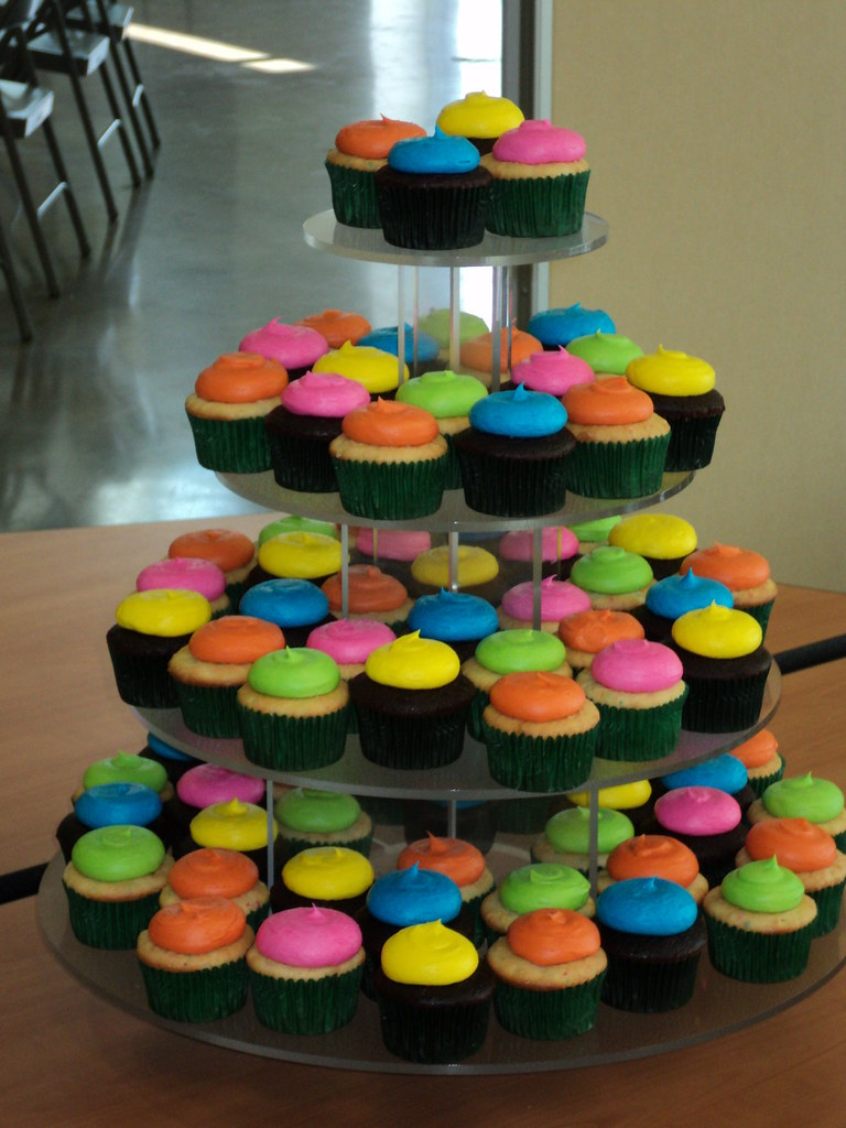 Neon Cupcakes Made These Fun Colored Cupcake For My