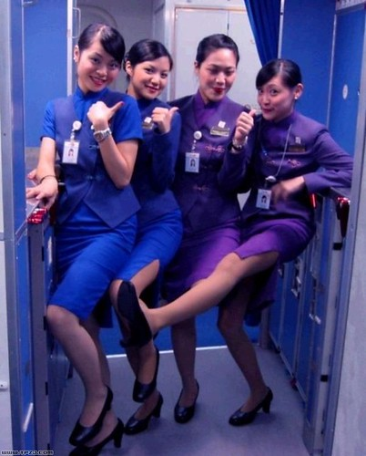 China airlines cabin crew with funny kick flickr photo for Korean air cabin crew requirements