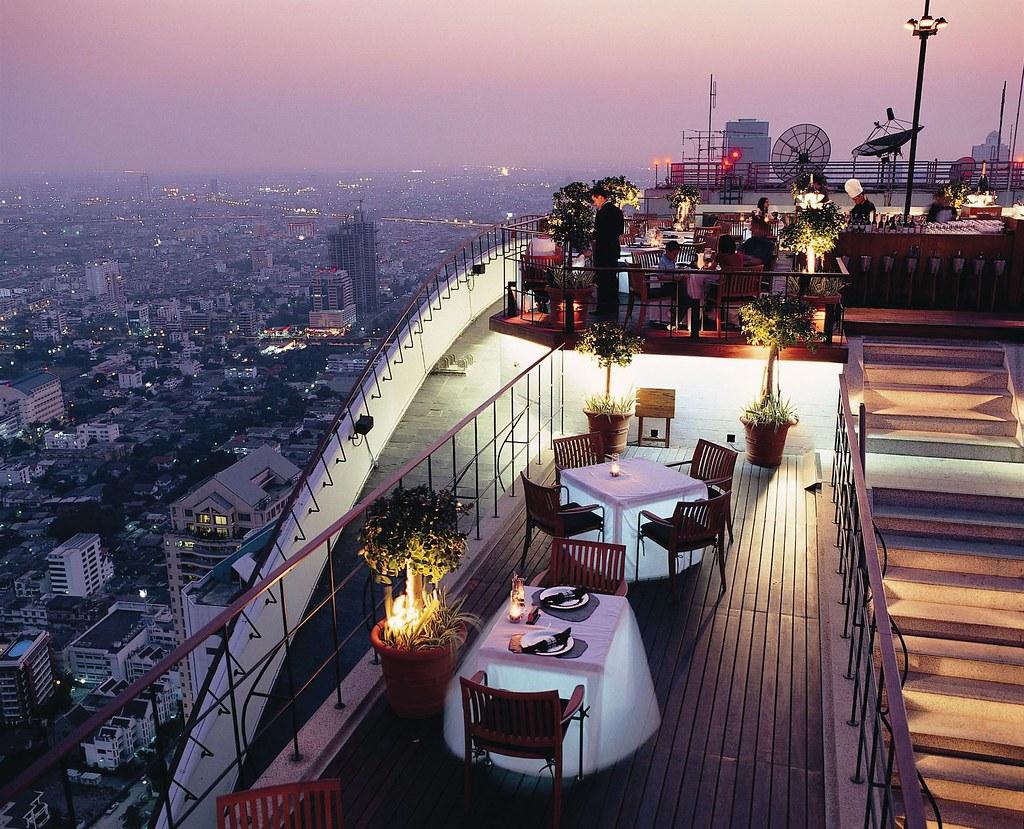 バンコクのレストラン・バー:ヴァーティゴ&ムーン・バー / Vertigo and Moon Bar(バンヤン ツリー バンコク内)