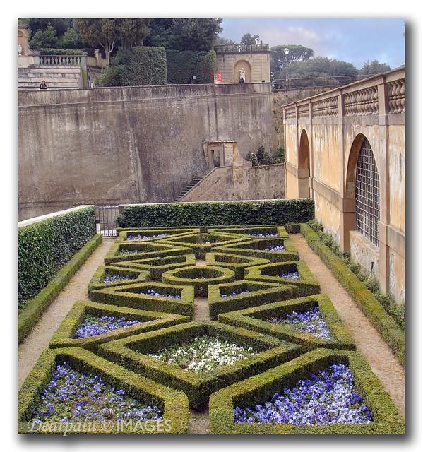 Jard n de b boli florencia palacio pitti es un for Jardines boboli