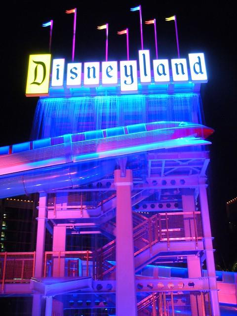 Disneyland Hotel pool at night | Flickr - Photo Sharing!