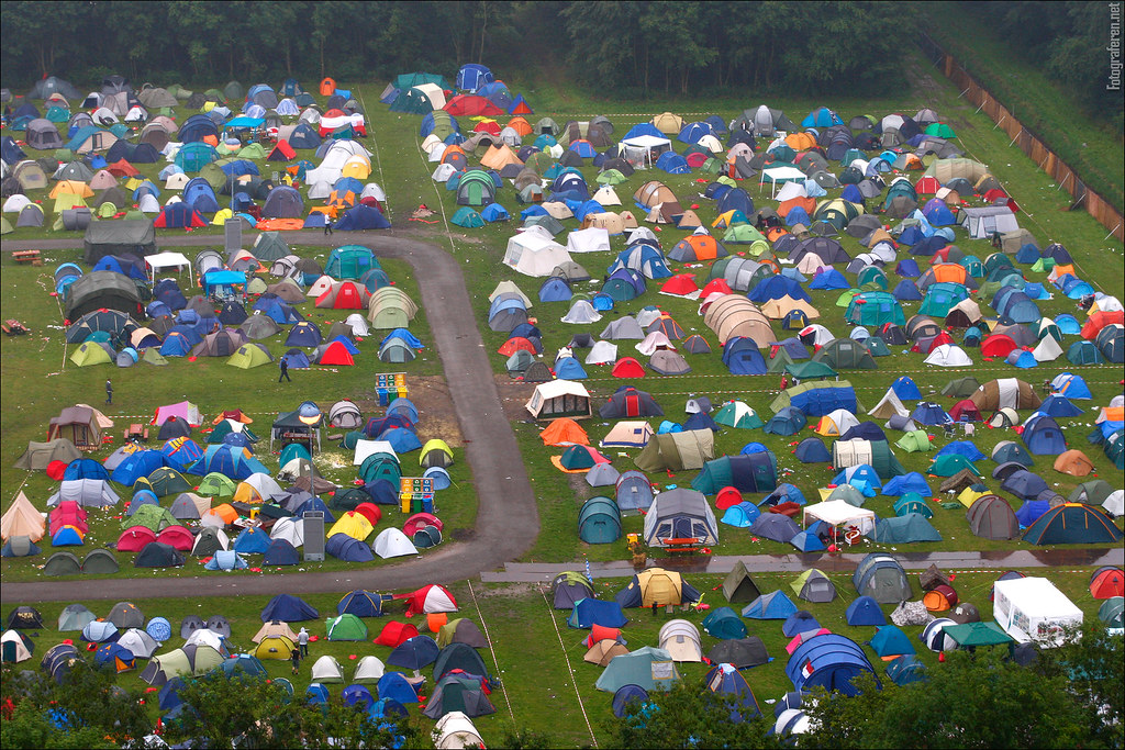 Defqon 1 Zelt : Defqon campground images from the edition of