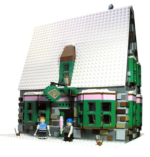 10225 Hogsmeade Village Series: Honeydukes Sweetshop | by fbtb