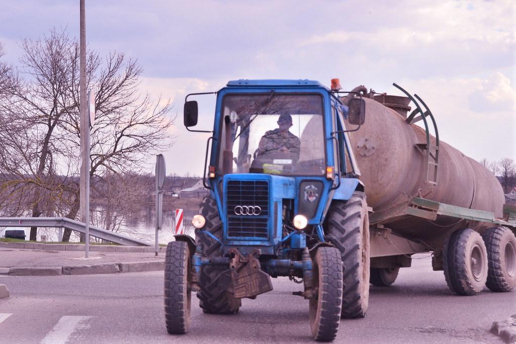 Audi Traktor Kcalko Flickr