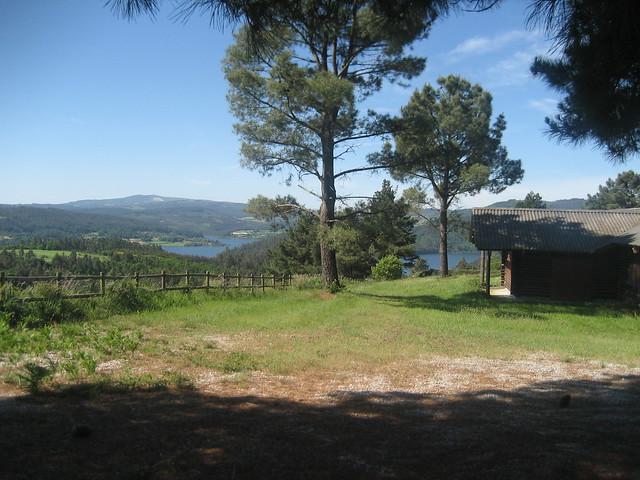 Vistas Embalse Portodemouros en Santiso