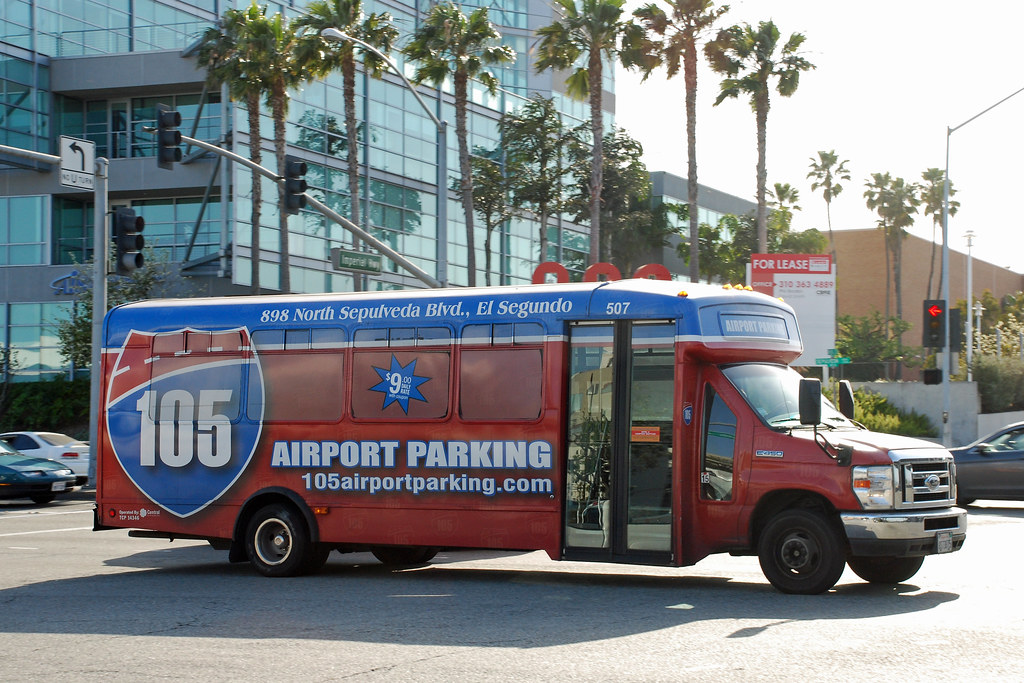 105 airport parking ford minibus lax parking lot shuttle for Lax parking closest to airport