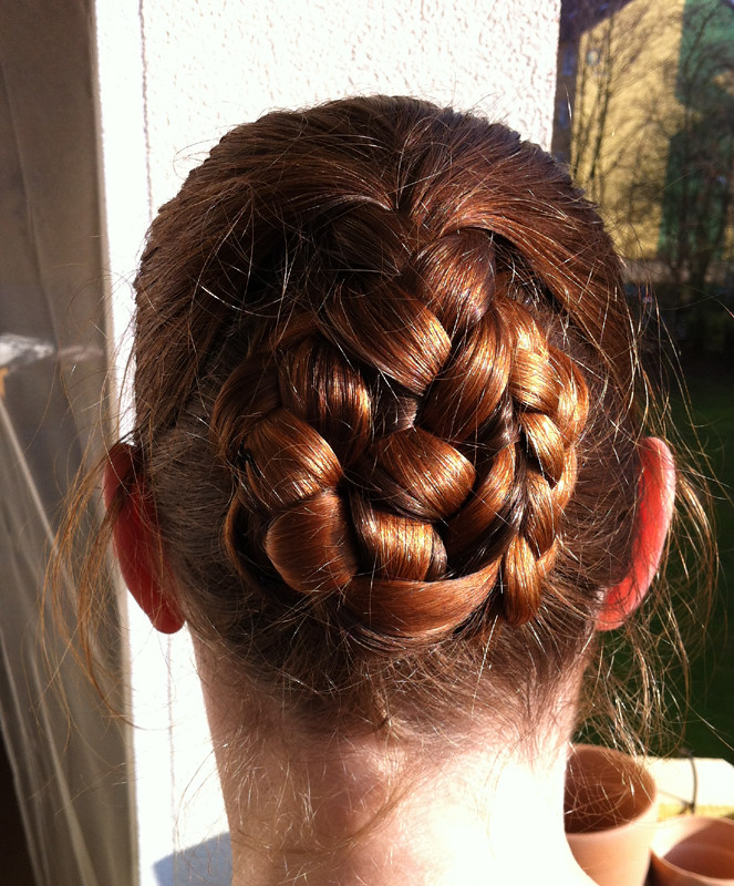 hair styles 2012 braided bun variation of the elling s hairstyle 5312 | 6918808136 2777305bd7 b