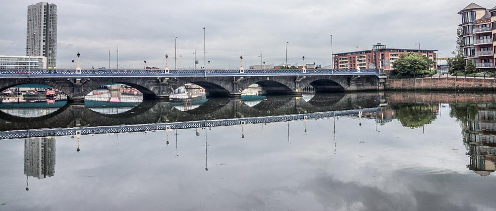 2012 PHOTOGRAPHS OF QUEENS BRIDGE IN BELFAST 005