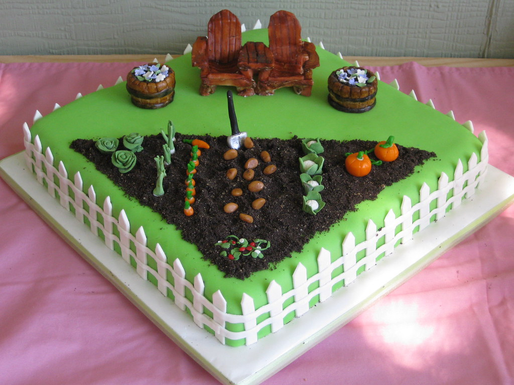 garden cake B-day cake for my mom and sister. Cake is ...