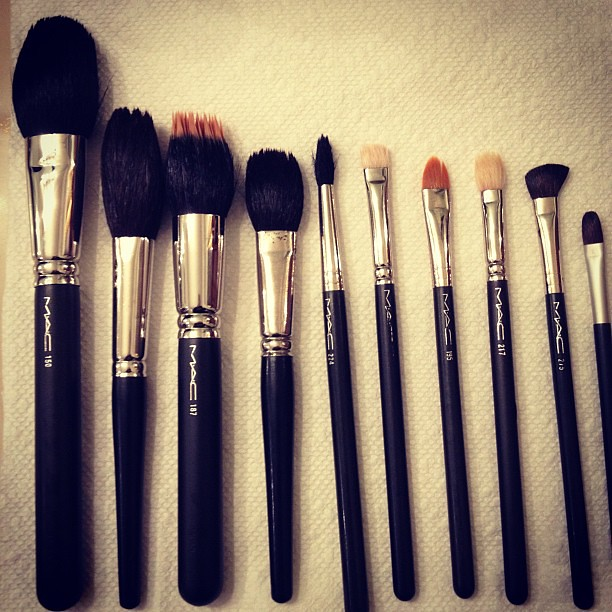 Cleaning my makeup brushes! #makeup #MAC #brushes #instagr… | Flickr
