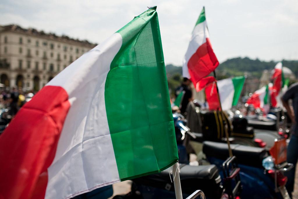 Hd >> Italian Flag - Vespitalia 150 | Visit the new HD photos gall… | Flickr