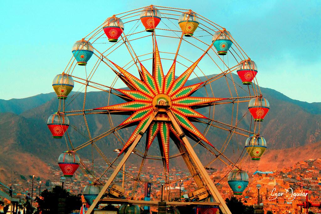 Lima Plaza Norte - Rueda De La Fortuna