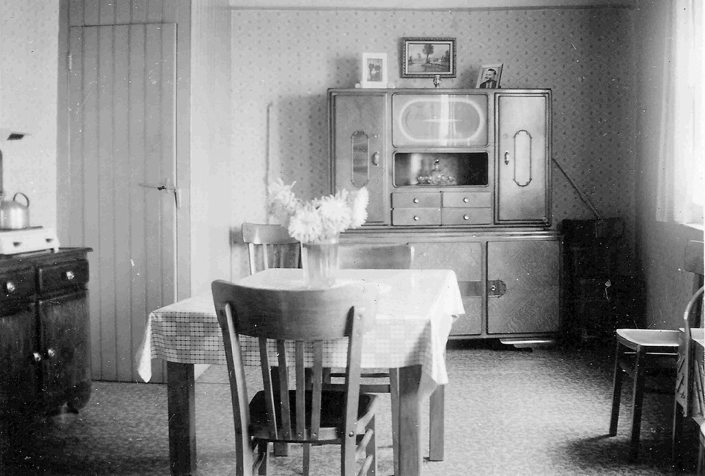 Our First Kitchen Outfit 1930 1940 Phlubdr Flickr
