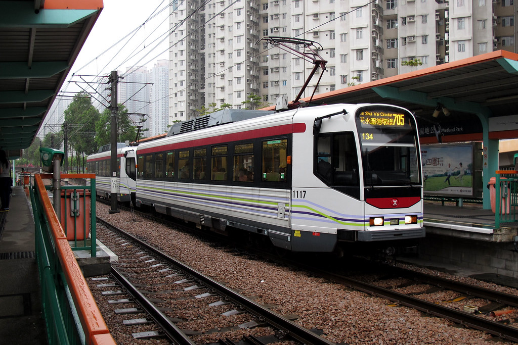 Mtr Light Rail 1117 Hong Kong 05 04 12 Wetland Park