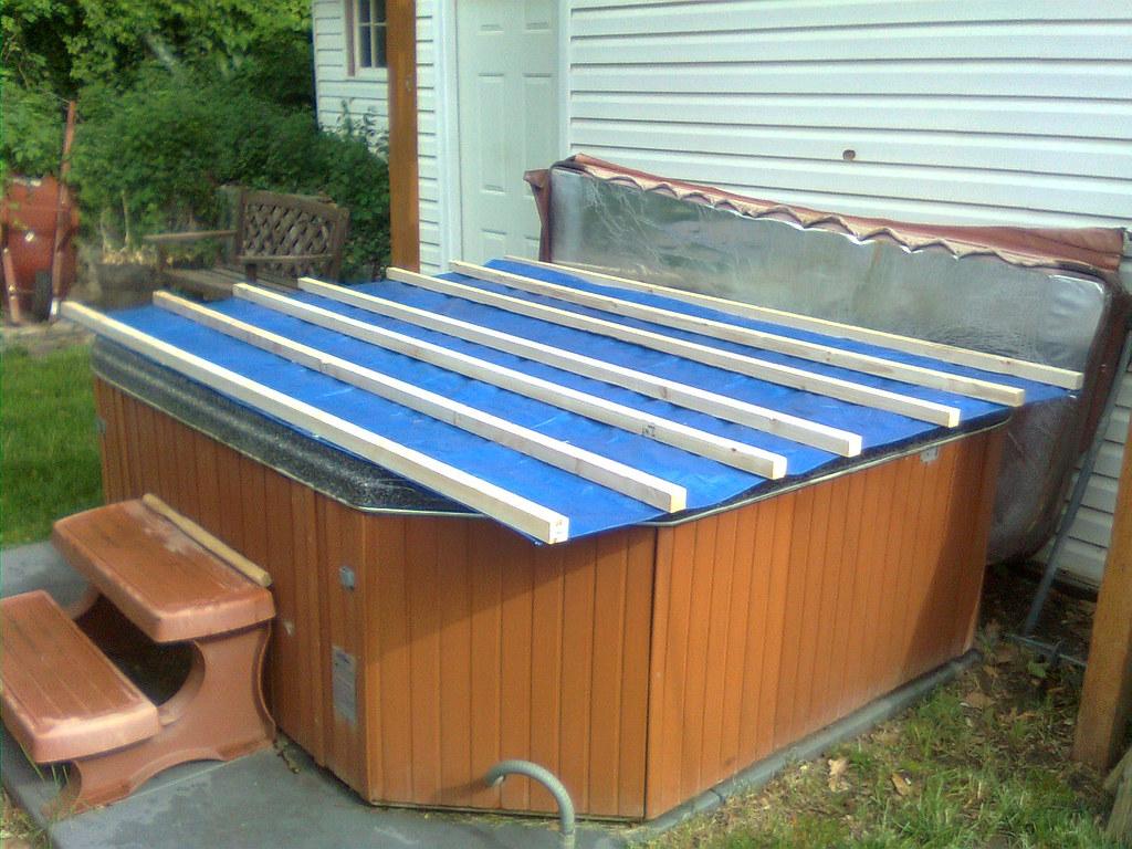 redneck hot tub cover our hot tub cover was horribly. Black Bedroom Furniture Sets. Home Design Ideas