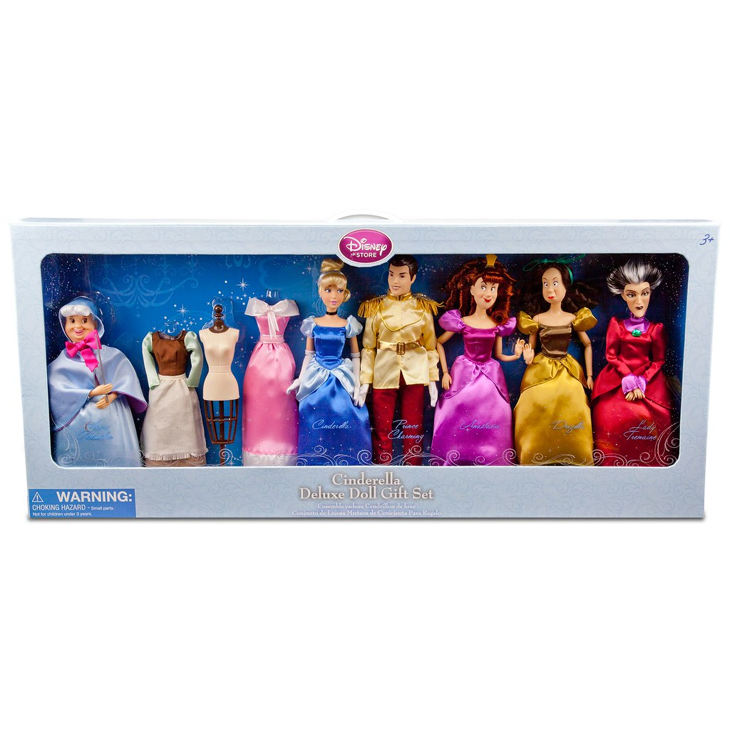 Cinderella Fairytale Fashion Pack Doll Accessories: Deluxe Cinderella Doll Gift Set