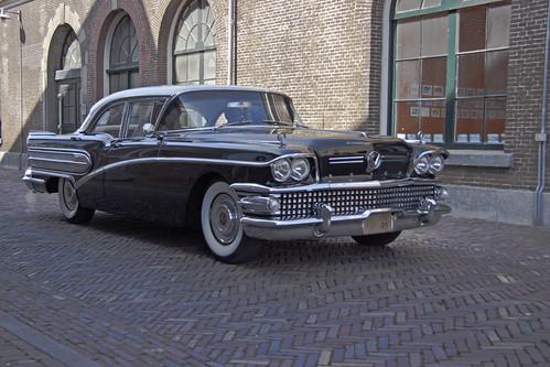 Buick Series 40 Special Sedan 1958 7616 Manufacturer