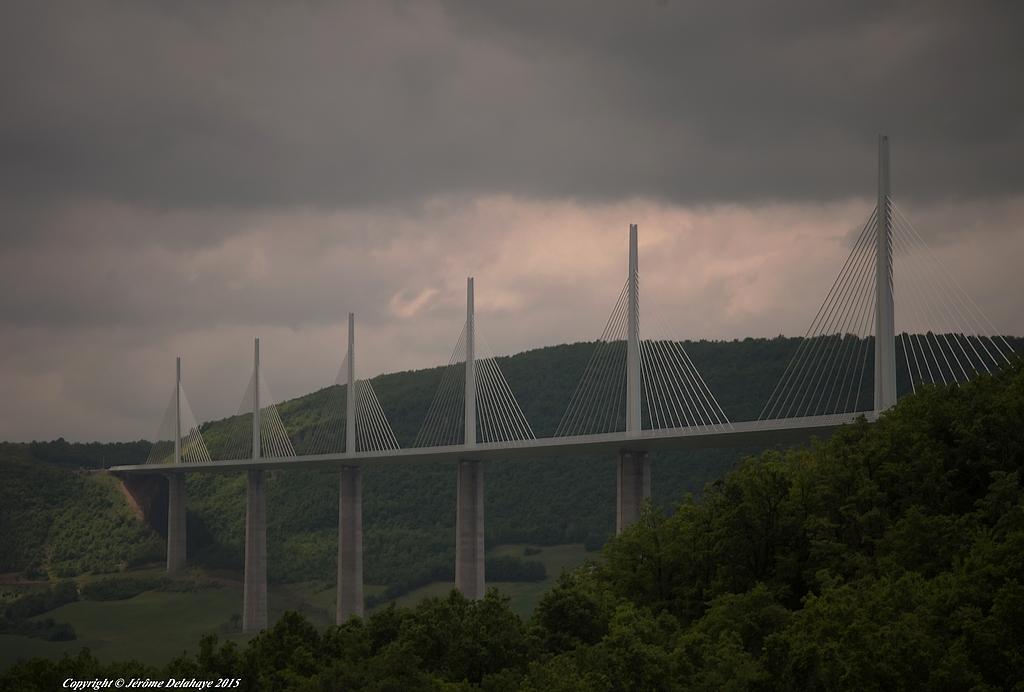 Viaduc de Millau 17388162223_f7bda9961d_b