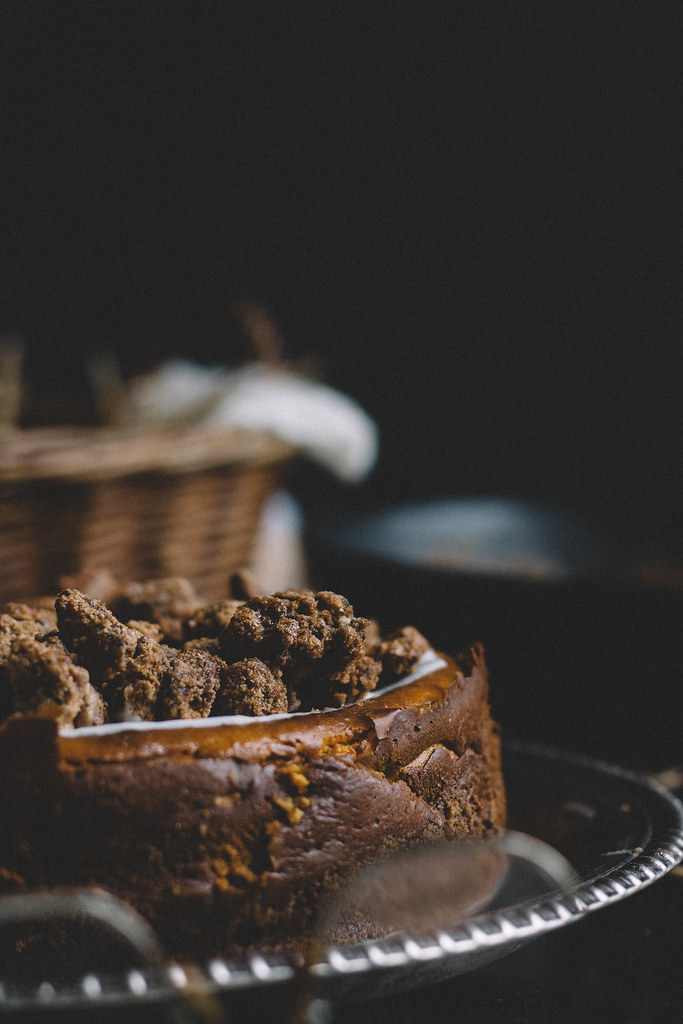 Pumpkin & Brown Butter Cheesecake with Bourbon Candied Pecans | TermiNatetor Kitchen