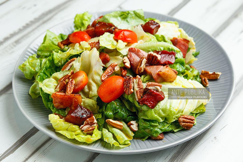 Ante Publika garden duck salad