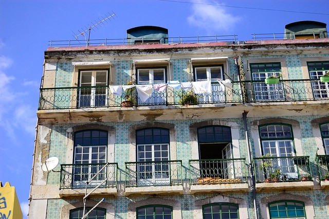 Green azulejos | The Streets of Lisbon | No Apathy Allowed