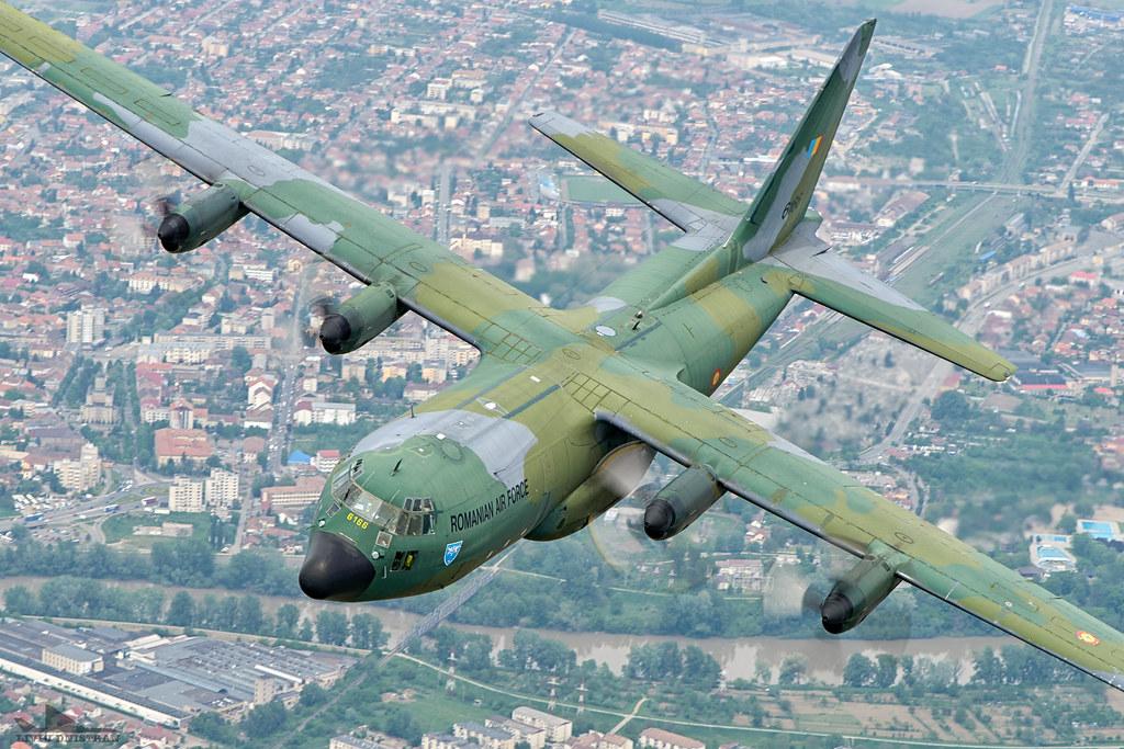 RoAF C130 Hercules in zbor 17376170959_8ab08cf2e1_b