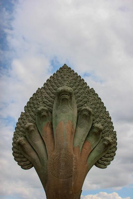 Angkor Wat Naga os saluda