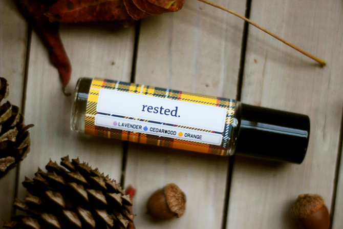 brittandhive.com: Rested rollerball recipe (and free printable label) - the perfect blend to keep you rested during this seasons stresses and changes.
