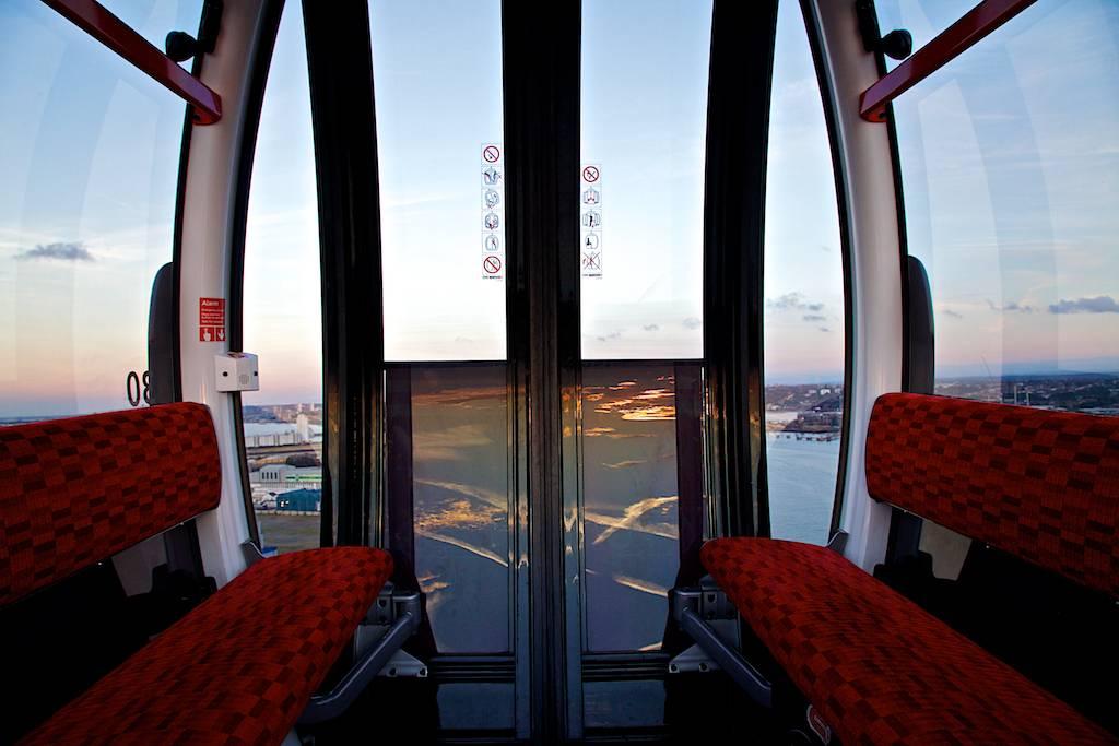 inside the emirates air line cable car at sunset david hardman flickr. Black Bedroom Furniture Sets. Home Design Ideas