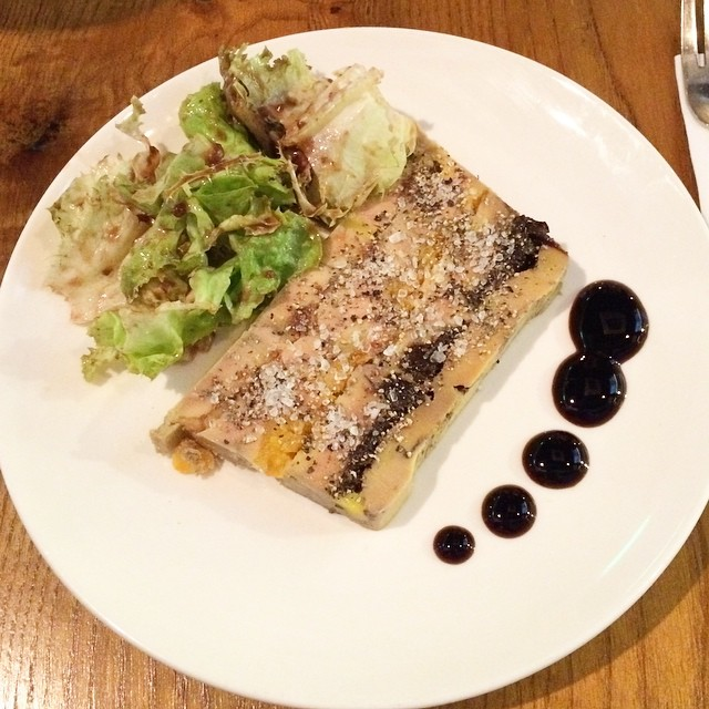 First time at @lagrandebouffehk! This layered duck liver started off our meal great. Loved the layer of dried fig, apricot and prune, which balanced the savoury taste of the foie gras with sweetness - how refreshing! A change from the usual pan-fried styl