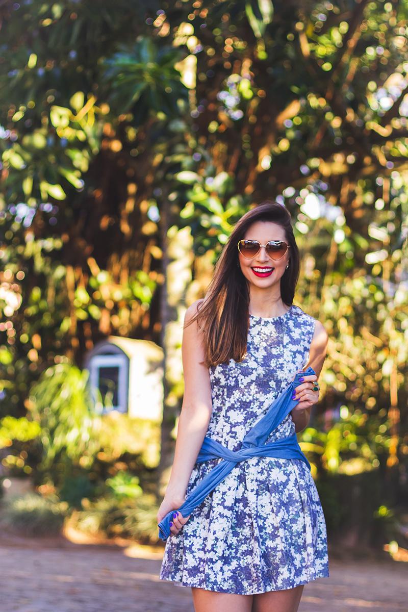 3-look do dia vestido florido com camisa jeans amarrada jana taffarel blog sempre glamour