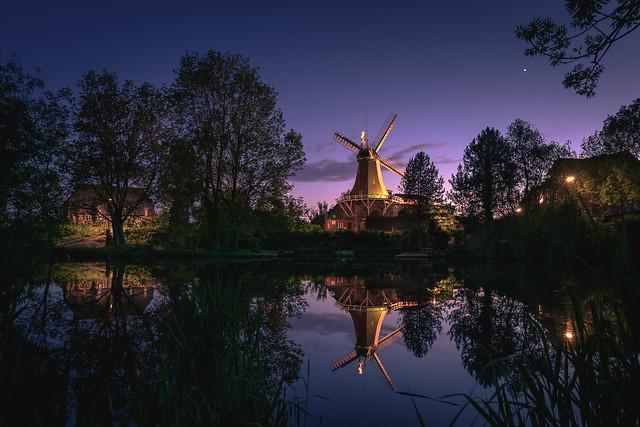 Reitbrooker Mühle bei Nacht