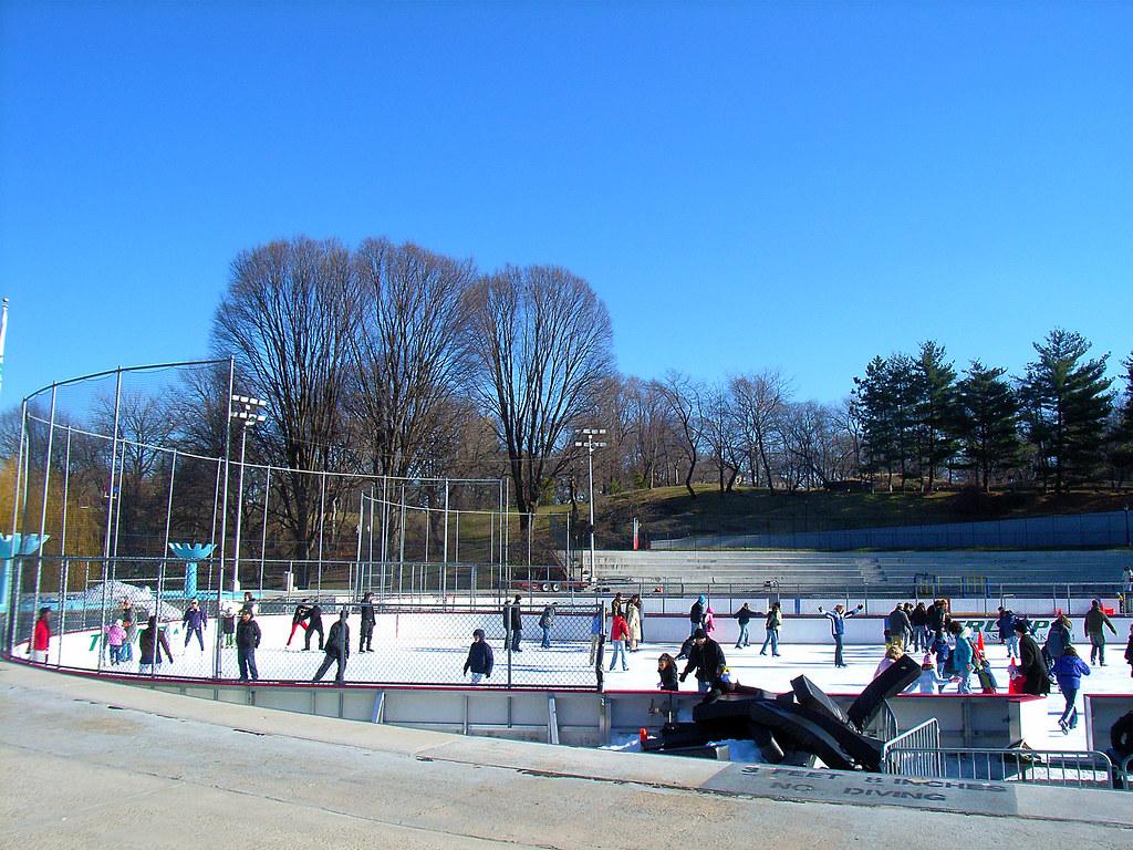 Lasker Ice Rink Or Lasker Swimming Pool Central Park Flickr