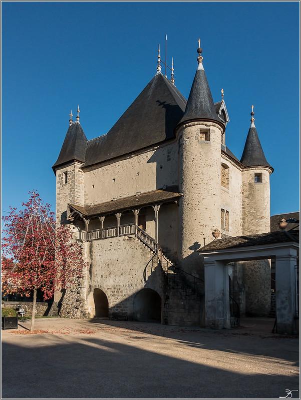 Vileneuve sur Yonne 31296067806_cfbb740beb_c