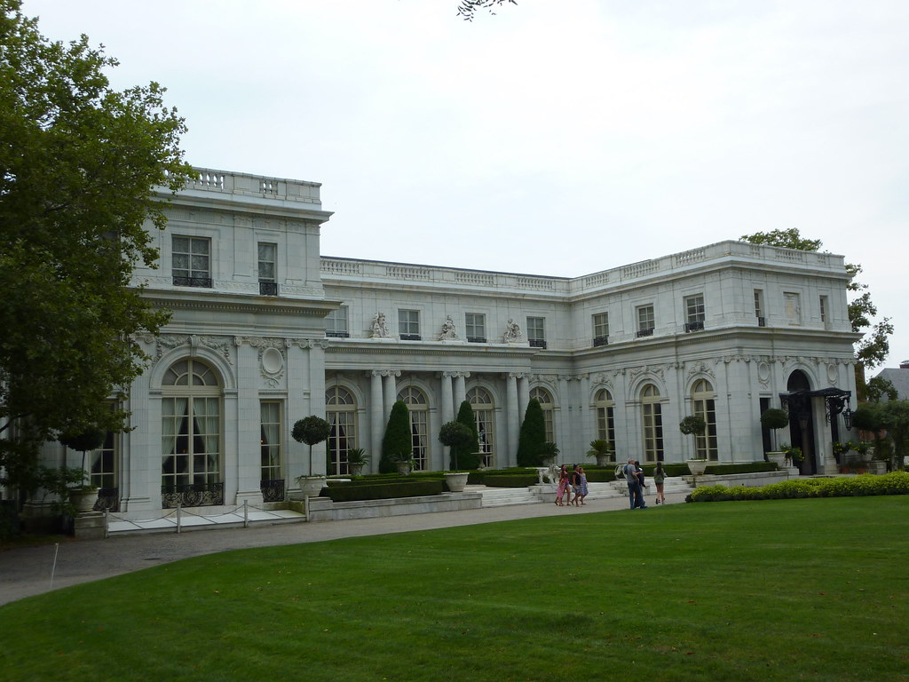 Rosecliff Mansion Newport Ri The Mansion Located