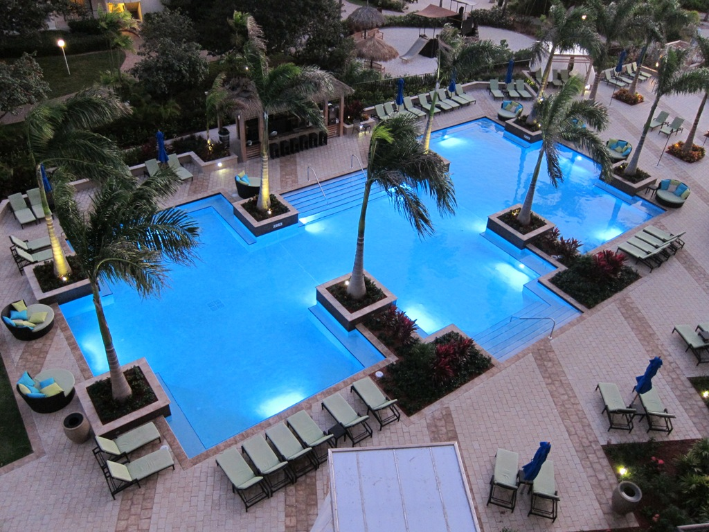 Aruba marriott resort stellaris casino adults only pool for Pool design resort