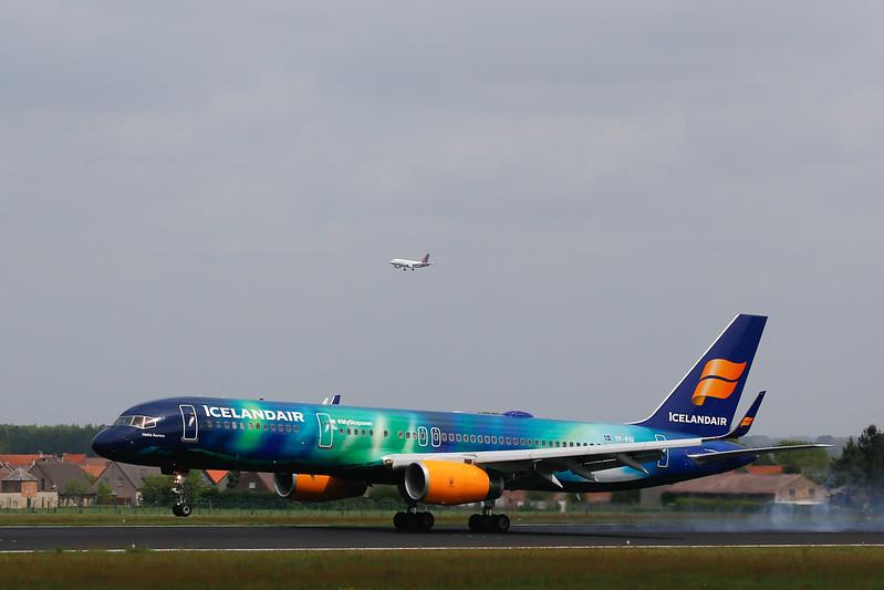 Boeing 757 - Hakla Aurora