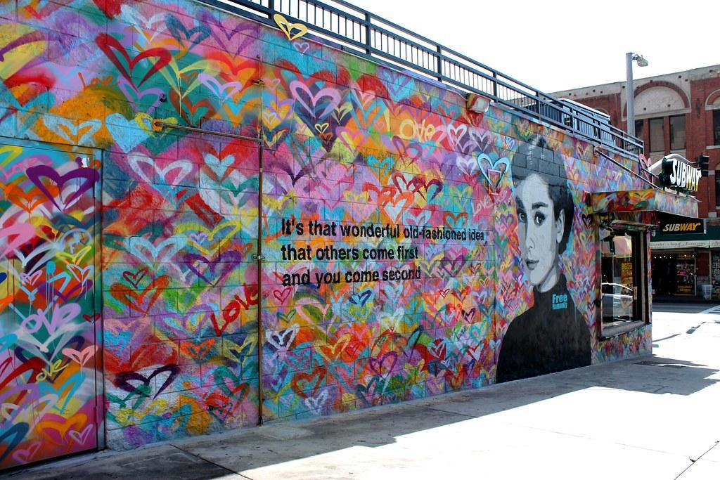 Free humanity mural this audrey hepburn mural by street for Audrey hepburn mural los angeles