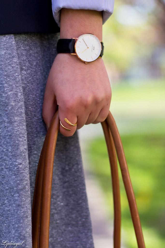 grey sweatshirt dress, navy blazer, white converse-6.jpg